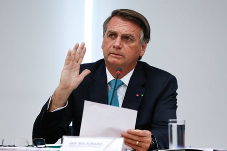 Bolsonaro promete vetar quarentena no Código Eleitoral caso o Senado a aprove