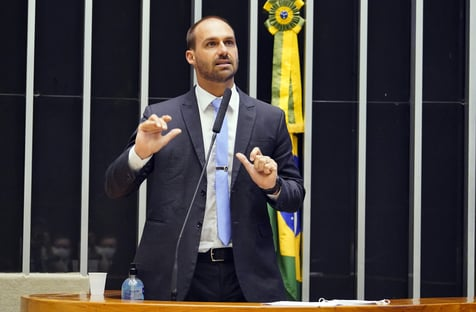 Ação de Eduardo Bolsonaro contra Kim Kataguiri vai para o STF