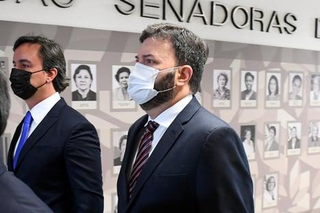 """""""O senhor tem convicção de que aqui há um bando de patetas"""", diz Vieira a Blanco; assista"""