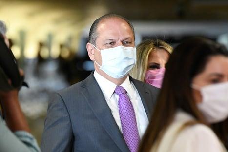 """""""Luis Miranda fez um teatro e levou uma foto minha ao presidente"""", diz Ricardo Barros"""