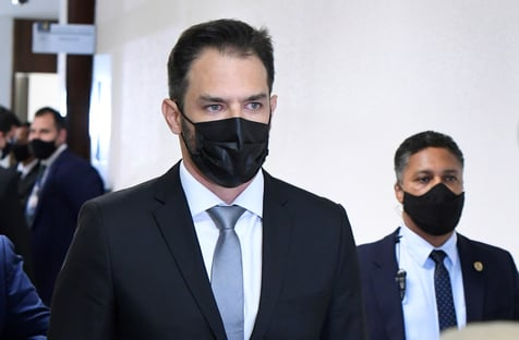 Sócio da Belcher admite que chegou ao Ministério da Saúde por meio de Ricardo Barros
