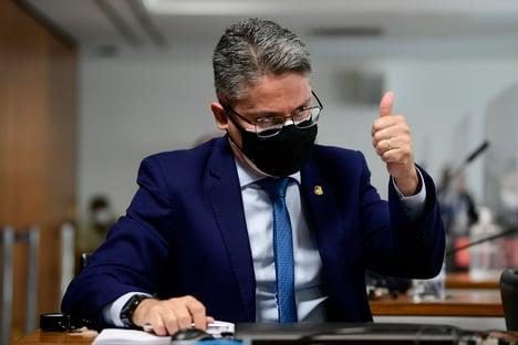 Cidadania aprova Alessandro Vieira como pré-candidato ao Planalto