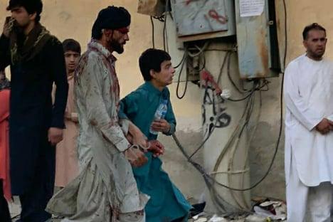 Pelo menos 170 pessoas morreram no atentado em Cabul, diz jornal