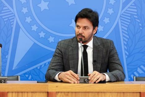 Sem aval de Bolsonaro, ministro intensifica aparições de olho na disputa ao Senado em 2022