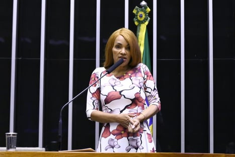 Urgente: Flordelis é presa em Niterói