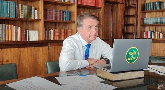 Bolsonaro assina nota com lema do integralismo