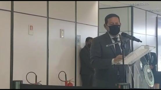 Mourão anuncia extensão da Operação Samaúma