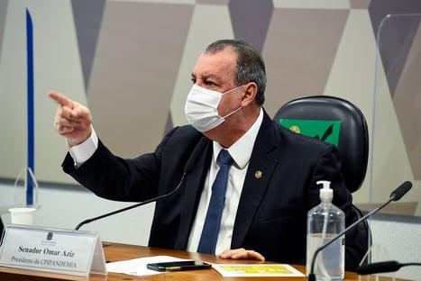"""""""Bolsonaro não aprendeu nem isso"""", diz Omar Aziz, sobre tramitação de projetos de lei"""