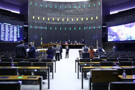 Câmara aprova emenda que repete termos da MP das Redes