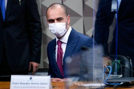 Diretor diz que Prevent mudava menção a Covid para outras doenças após 14 dias de internação