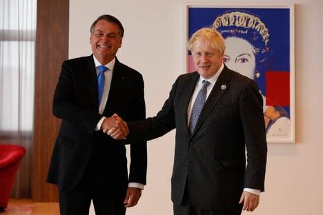 Em reunião com Boris Johnson, Bolsonaro tentará flexibilizar restrições para brasileiros