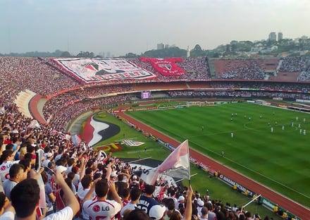 Doria anuncia volta das torcidas aos estádios de SP em outubro