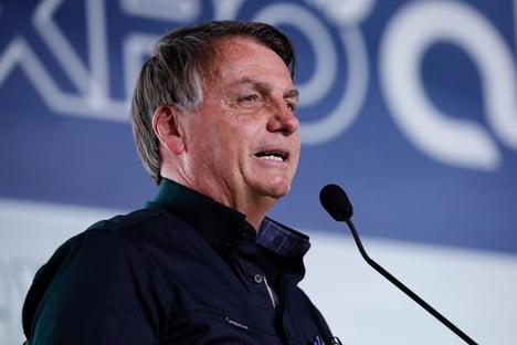 """Bolsonaro: """"Não vou na canetada congelar preço do combustível"""""""