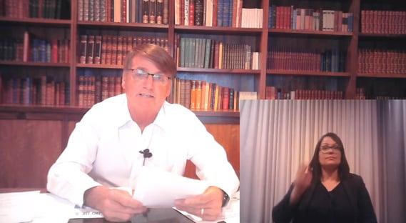 Em live, Bolsonaro usa infecção de Queiroga para questionar a Coronavac