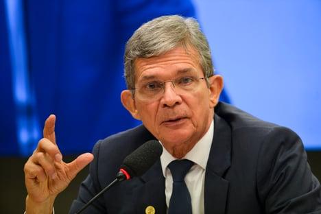 Câmara vai questionar presidente da Petrobras sobre preços dos combustíveis