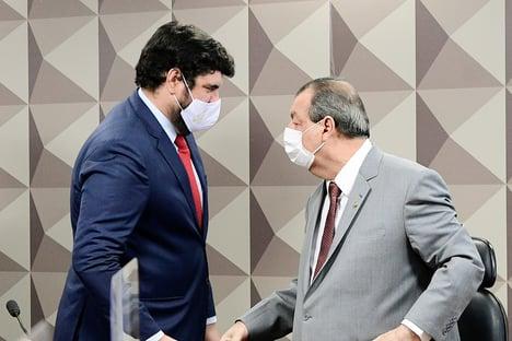 'Para pedir fechamento do STF é macho; na CPI, a conversa é outra, diz Aziz a Marconny Faria