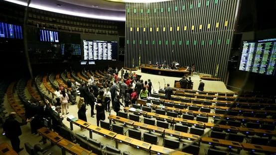 Veja como os deputados votaram na criação da quarentena eleitoral