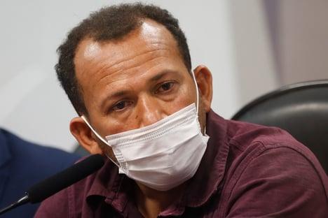VTCLog disponibilizou para motoboy advogado que defendeu Queiroz