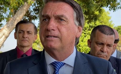 """""""Perderam noção da realidade"""", diz Bolsonaro, após ser chamado de """"corno"""" em protesto"""