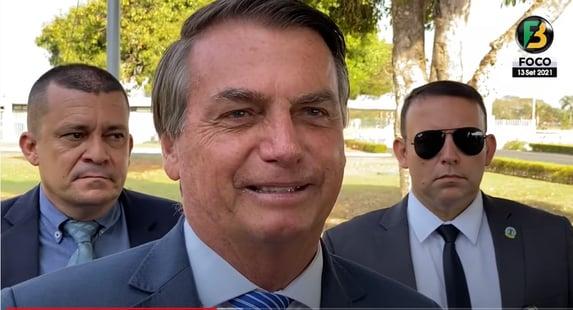 Bolsonaro diz achar que pegou Covid novamente e não percebeu