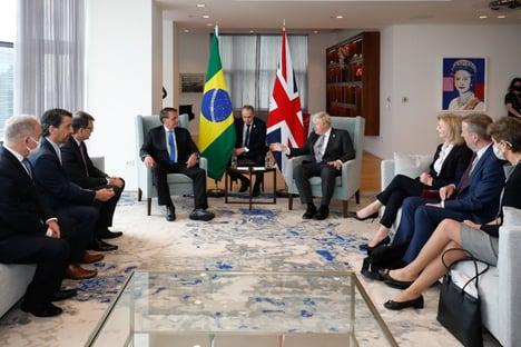 Boris Johnson faz teste de Covid após reunião com Bolsonaro e Queiroga