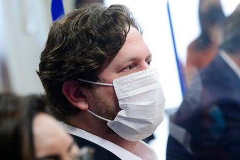 CPI investiga se Danilo Trento viajou para Las Vegas com Flávio Bolsonaro