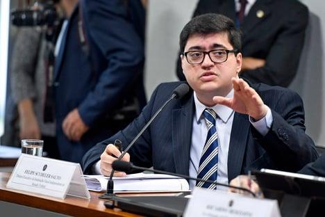 """Reforma do IR aprovada pela Câmara é """"preocupante"""", diz IFI"""
