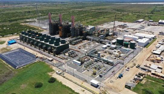 Quatro dias após entrar em ação, 2ª maior usina térmica do país é desligada