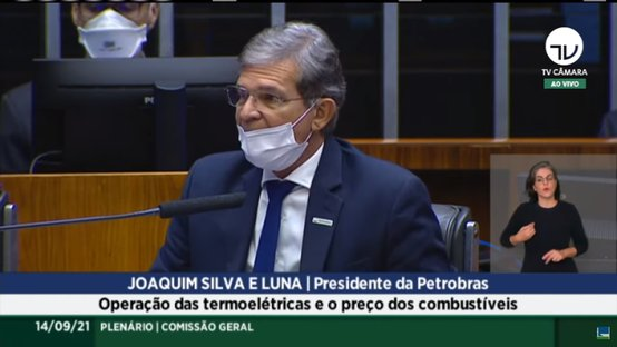 Presidente da Petrobras culpa ICMS por preço dos combustíveis