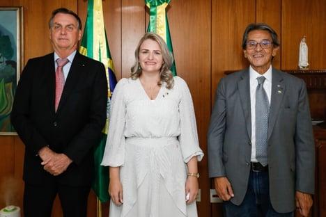 Para tentar atrair Bolsonaro, PTB ofereceu ao presidente o direito de indicar senadores