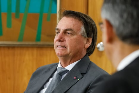 """Bolsonaro nega que tenha sido barrado em estádio: """"Isso não existiu"""""""