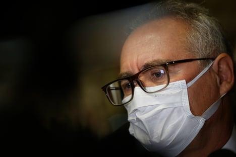 """Queiroga vai ser """"exemplarmente"""" indiciado, diz Renan Calheiros"""