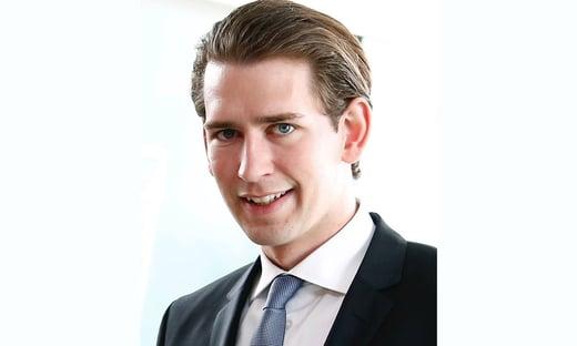 Premiê da Áustria renuncia em meio a escândalo de corrupção