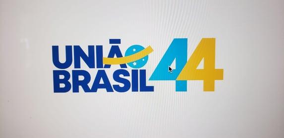 """""""A miríade de partidos que temos confunde o eleitor, favorece o fisiologismo"""", diz manifesto do União Brasil"""