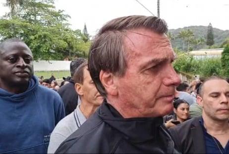 """Bolsonaro: """"Se pudesse, passava a Petrobras para o Mourão"""""""