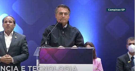 Bolsonaro é vaiado durante Feira do Nióbio; assista