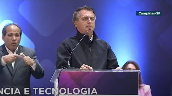 """Bolsonaro diz ouvir """"promessas"""" para desistir de Mendonça: """"A gente resolve CPI"""""""