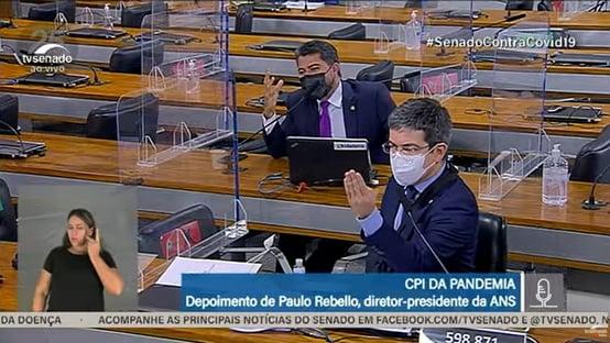 """""""Se isso aqui é um circo, o senhor é o palhaço"""", diz Randolfe a Marcos Rogério"""