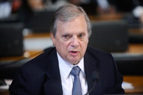"""Áudio: """"Servidor que se arvora de senador"""", diz Tasso sobre manobra envolvendo Bandeira"""
