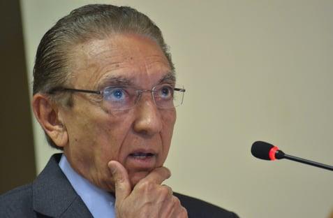 Juiz de Brasília livra Edison Lobão e Sérgio Machado de denúncia por corrupção