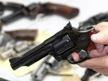 Exército revogou regras para rastreamento de armas após pressão de atiradores e fabricantes