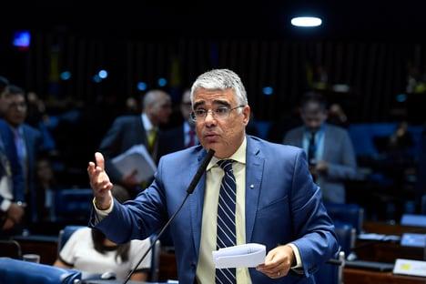 Girão quer ouvir diretor da PF e sub-PGR sobre gastos nos estados