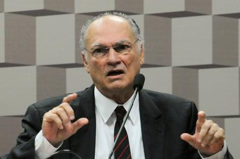 """Freire: """"No Brasil de Mourão, a polícia chama alguém de bandido e pode matar"""""""