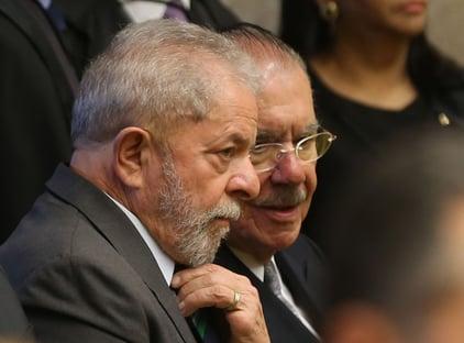 Lula e Bolsonaro cortejam Sarney