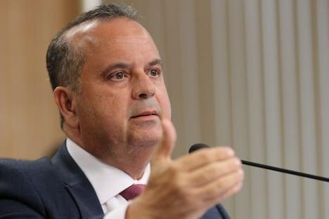 Rogério Marinho alfineta Guedes: Quem sabe as pessoas possam viver 100, 120 anos