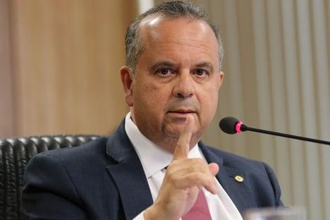 Rogério Marinho pede que PF apure tratores superfaturados