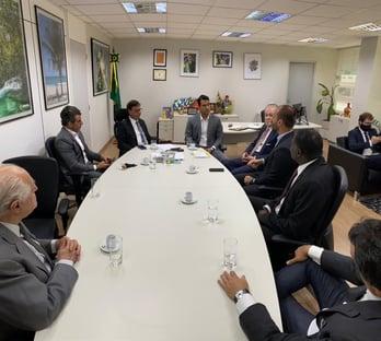 Eduardo Bolsonaro entra em campo para a liberação dos cassinos no Brasil