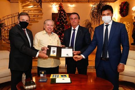 Bolsonaro visita Silvio Santos em SP