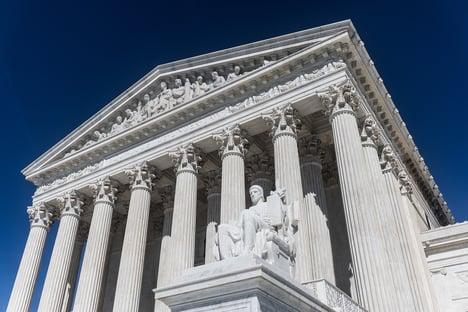 Suprema Corte dos EUA proíbe Califórnia de vetar cultos em casa