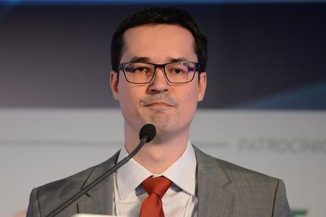 """""""Algo raríssimo contra algo gravíssimo"""", diz Deltan sobre monitoramento da OCDE sobre o Brasil"""